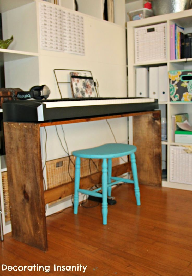 easy to make diy digital piano stand digital piano keyboard pianostand furniture pieces. Black Bedroom Furniture Sets. Home Design Ideas