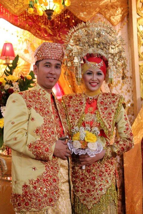 Pengantin Minang Wedding Suntiang