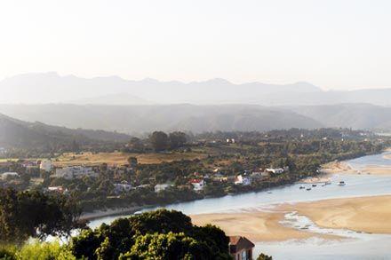 Plettenberg Bay offers a laidback lifestyle on the West Coast. http://www.privateproperty.co.za/neighbourhoods/plettenberg-bay/925