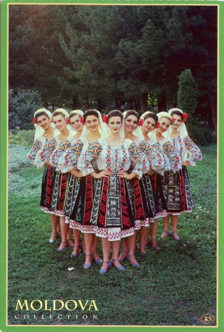 Moldovan dancer nude 13