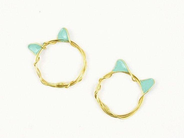 Tutoriales DIY: Cómo hacer un anillo de alambre con orejas de gato en DaWanda.es