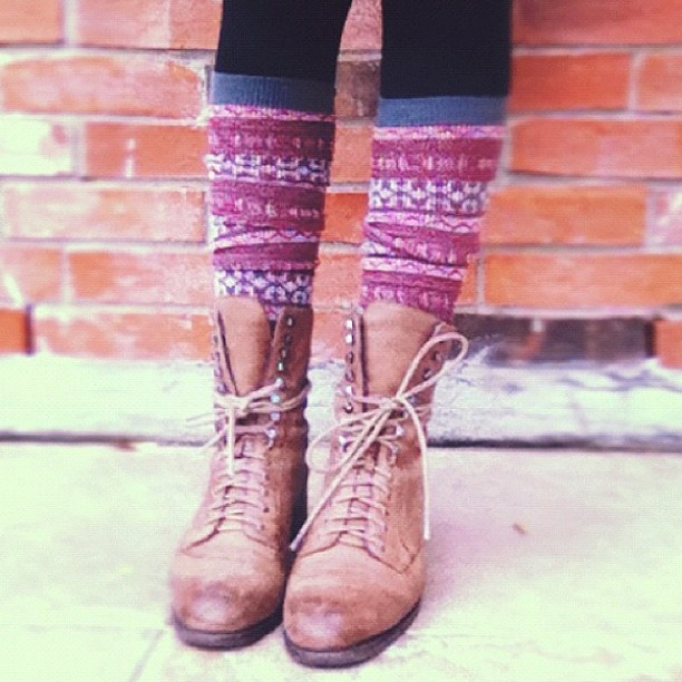 Perfect for the bottom part of any outfit.♥ The lace-up-boots and the adorable leg wamers..♥