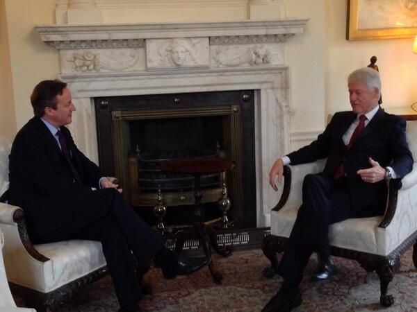 David Cameron's response to a jibe from Patrick Stewart on #Twitter