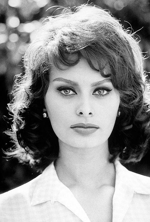 El post de los actores y actrices de cine clásico Sofía Loren