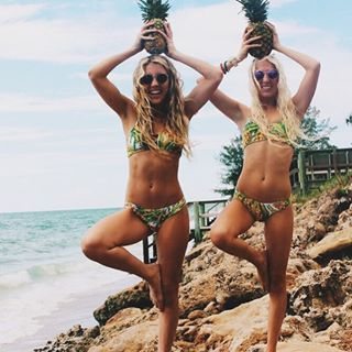 Because who doesn't wanna be a pineapple babe?! @amberbrnovich @ashleywenrich