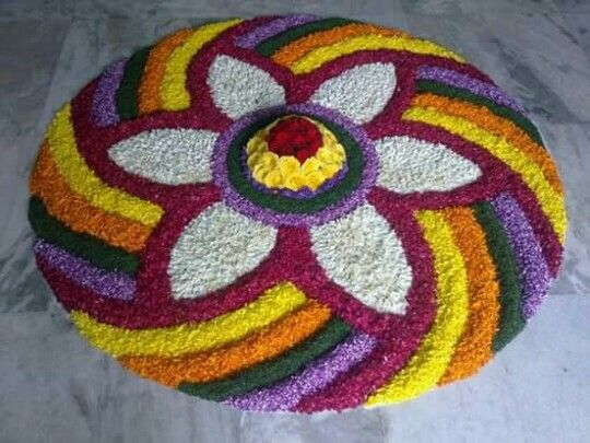 Best 25+ Flower rangoli ideas on Pinterest