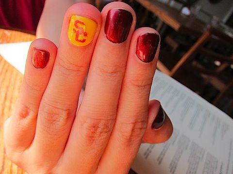 USC - University of Southern California - Yellow & Maroon Nails