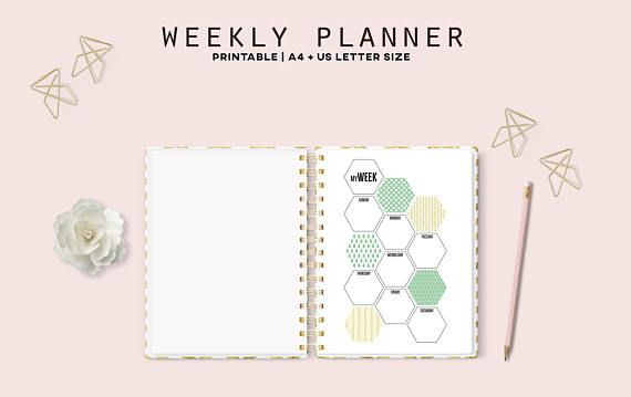 This printable weekly planner in a nice hexagon pattern leaves room for you to organize and plan your life the way you want it! Bright and fun spring patterns lightens up any week.
