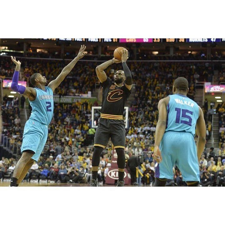 After beating the Wizards Friday Night the (7-1) Cavaliers return home for a matinee with the Charlotte Hornets. A win today will match last years start when they opened the season with an 8-1 record. Today will be the first of four meeting against the Hornets and the Cavs have won six of their last seven games against them. In 41 career regular season games against the Hornets LeBron James is averaging 27.4 points 7.6 rebounds and 7 assists. #DHTK #REPRE23NT #DONTHATETHEKING…