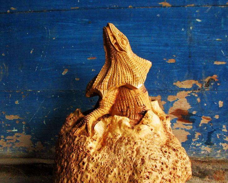 Blora Sculpture Handicraft made from sick teak root   Ukiran Khas Blora, Indonesia terbuat dari akar kayu jati yang sakit.  Industri Kerajinan Kabupaten Blora telah banyak mengolah kerajinan yang berasal dari Akar Kayu Jati dan banyak diekspor ke  #handicraft #wood #beautiful #beauty #art #vigor #kerajinan #kayu #teakroot #akarjati #kuat #indah #keindahan #indonesia #indonesian #industri #jati #table #meja #tunggak #perabot #furniture #mebel #gembol #akar