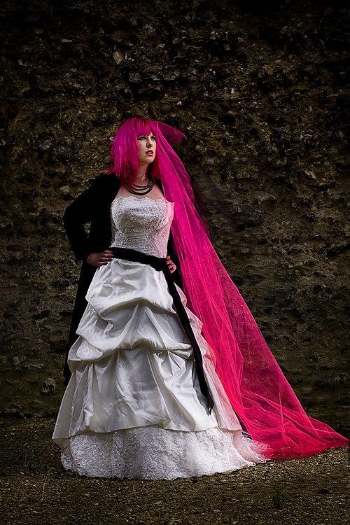 I don't know whether I'm pinning this for the hair, the dress or the veil! Wow!