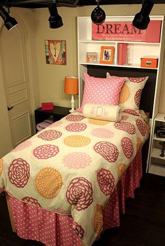 Decorating Your Dorm | Dorm Suite Dorm #dorm definitely having my Grandpa build me this shelf