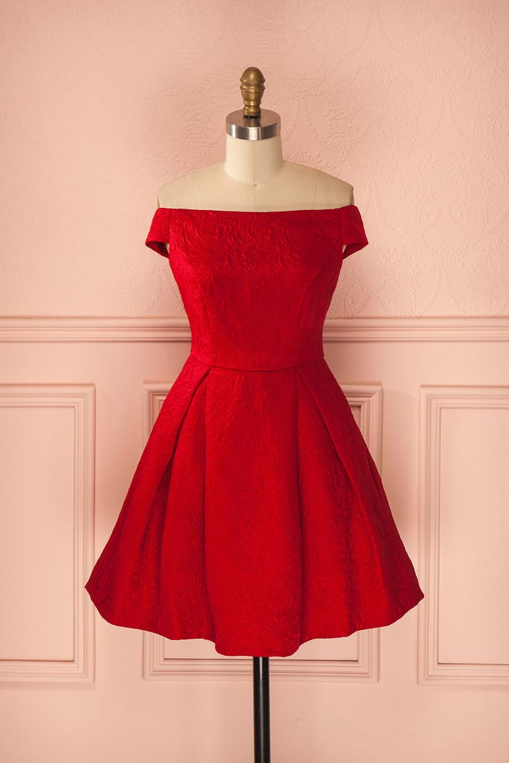 "Robe rouge ""de princesse"""