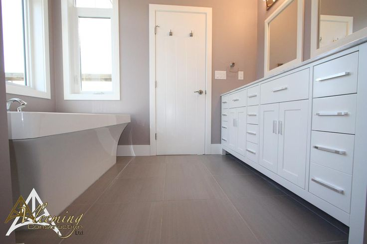 Beautiful Ensuite Wall Color Is Benjamin Moore S Elephant