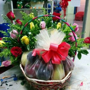 Fruit Basket Delivery Kuala Lumpur - http://carnations.my/gifts/fruits