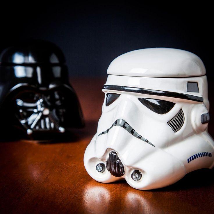 Les tasses Star Wars pour tous les vrais fans de la saga! Quoi de mieux que de boire sa boisson chaude en se re-regardant les deux anciennes trilogies ?