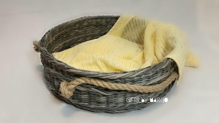 Плетение из газет | ВКонтакте Серая корзина: Красила вода+лак+ колер черный