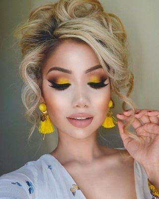 Classy & glamorous ✨ #BHBeauty @makeupbyalinna looks stunning using yellow tones from our Take Me To Brazil Eyeshadow Palette (NEW sale alert: FREE mini palette + free shipping on orders $25+ ) #BHCosmetics #TakemetoBrazil #YellowMakeup