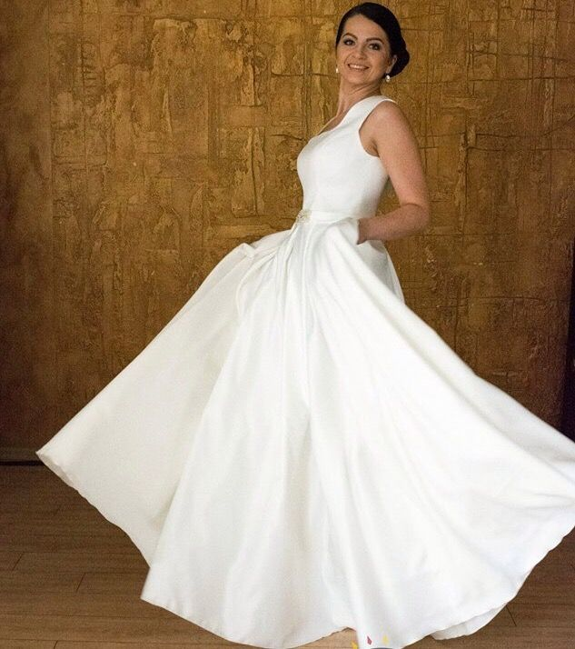 Whirls in happiness   #tenderness #nudeperfection #weddingdress #weddingfashion #weddingday #bride #design #collection #style #nude #manufacturer #wholesale #spain #minimalism #refinement #elegance #charming