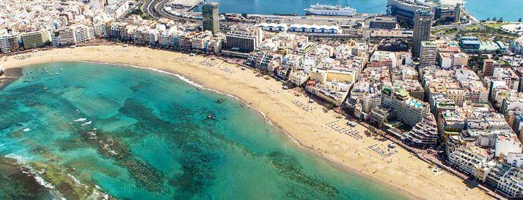 Una de las ciudades menos contaminadas del mundo: Las Palmas, Gran Canaria, España  La ciudad española Las Palmas ha sido catalogada como la ciudad con menos contaminación del aire de todo el país, según la Organización Mundial de la Salud (OMS). Además, su playa Las Canteras, es considerada una de las playas urbanas mejores del mundo.