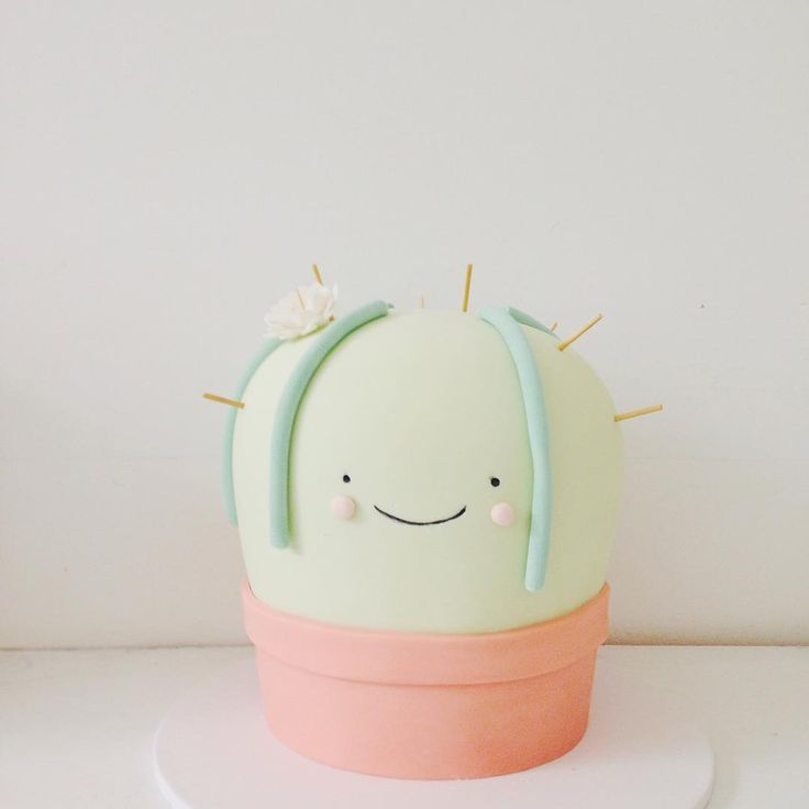 too cute! one of my faves! #hellonaomispecialtycake