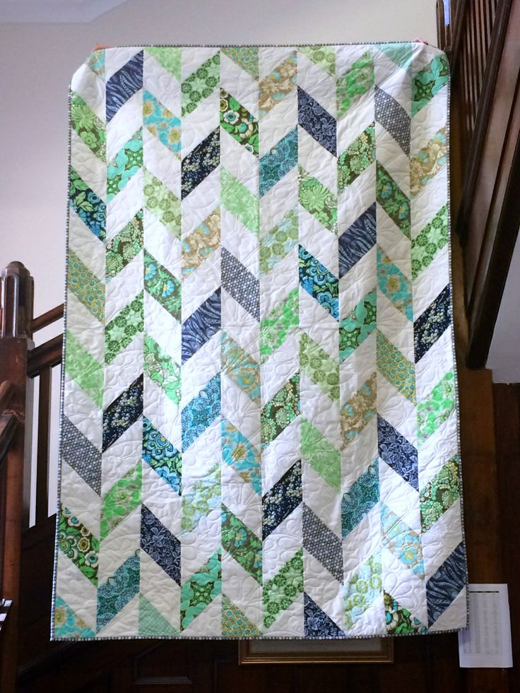 herringbone quilt without half square triangles!!! Daisy Chain quilt tutorial - Bloom