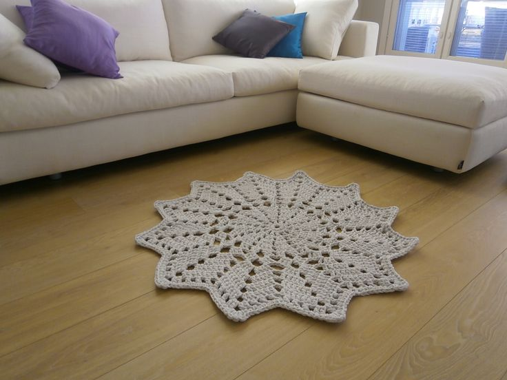 crochet carpet white star By Halla COLLECTION