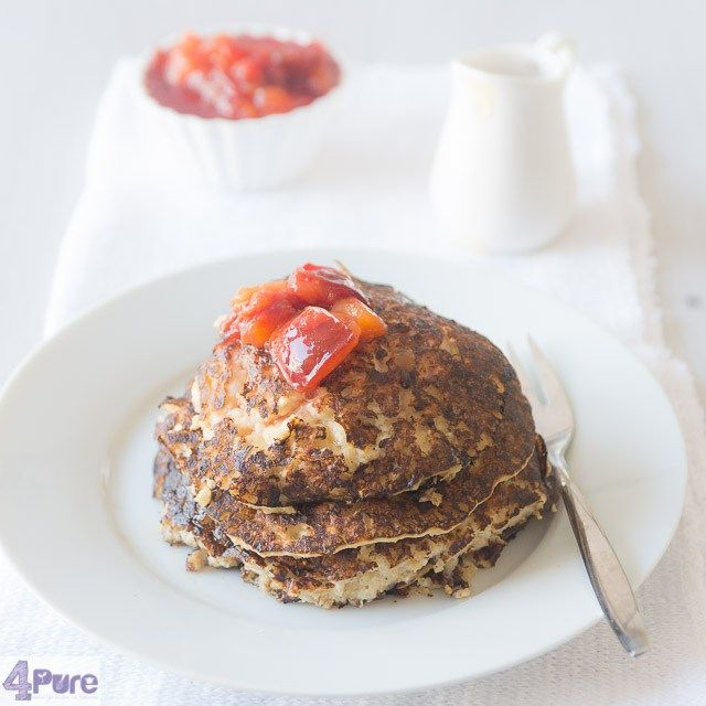Oatmeal pancakes with plum compote