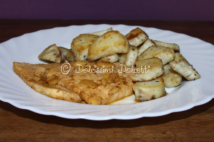 Scaloppine di tofu allo zenzero e salsa di soia con patate dolci allo zenzero