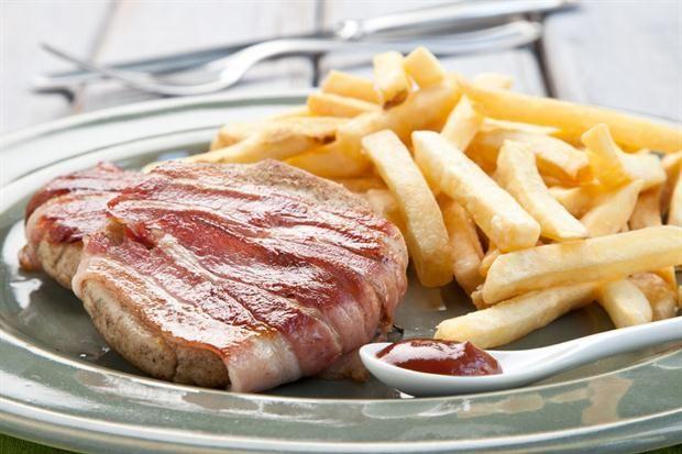El permitido de la semana: hamburguesas de pollo con panceta  Foto:Magalí Saberian