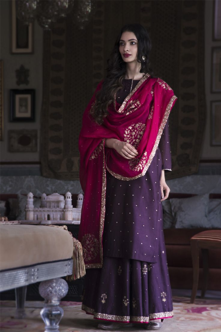 Jahanara by Good Earth | Festive trousseau wear with rich embroideries evoking the exuberant style of Jahanara, daughter of Mughal Emperor, Shah Jahan. Weaves of tonal embroidery on luxury fabrics like silk, mashru and handloom chanderi, bring her...