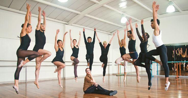 La Compañía de Ballet Ana Pavlova fue fundada en 1961 por Ana Caballero de Gómez y fue pionera en Colombia.