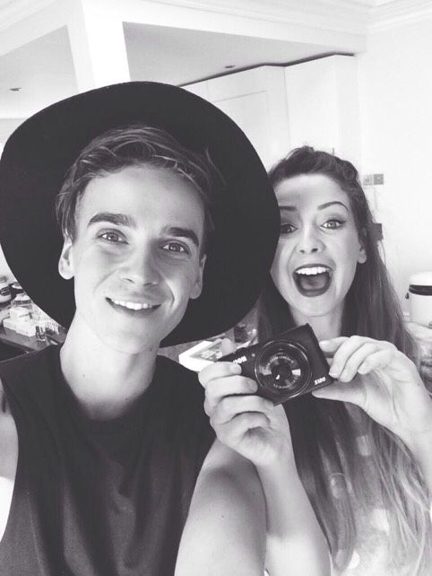 Joe Sugg and sis, Zoe.