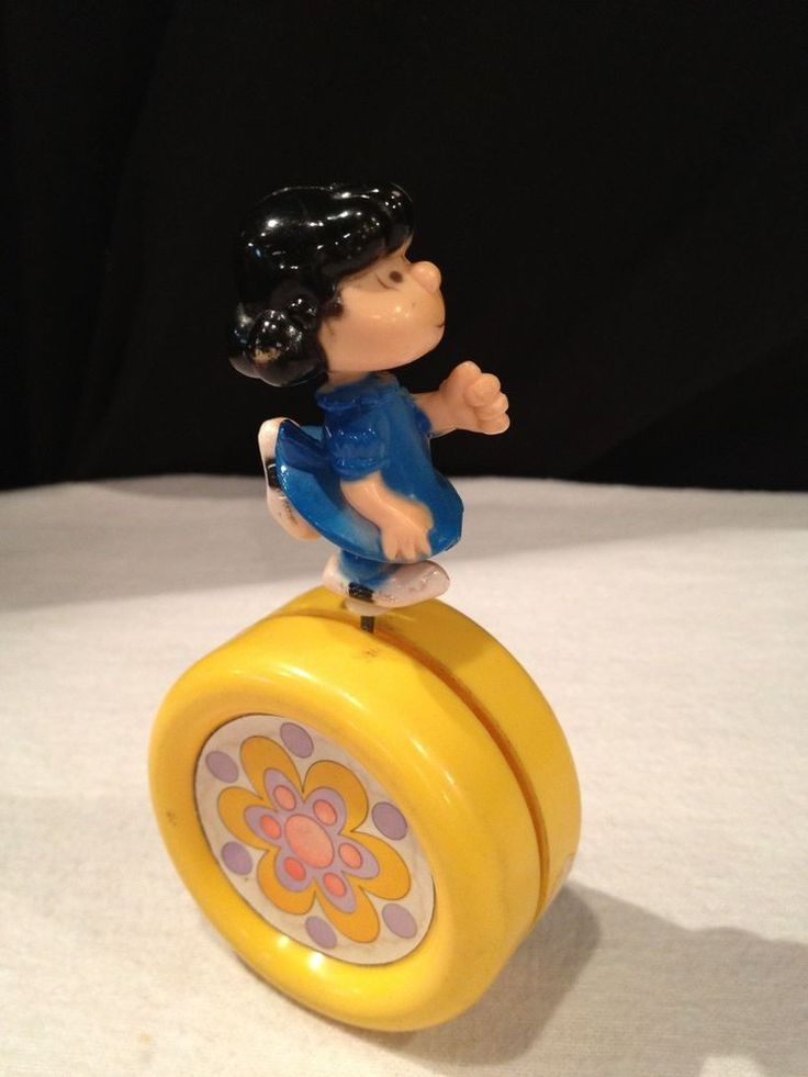 RARE VINTAGE PEANUTS TOY- LUCY BY AVIVA TOYS- 1960'S - PEANUTS/ CHARLIE BROWN