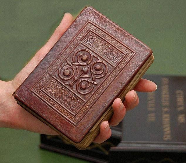 Картинки карманных книг
