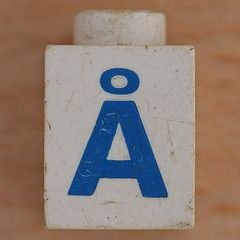 Lego Letter  (Leo Reynolds) Tags: canon eos iso100 ebay  letter 60mm f80 oneletter letterset 01sec diacritic 40d hpexif grouponeletter  xsquarex xleol30x