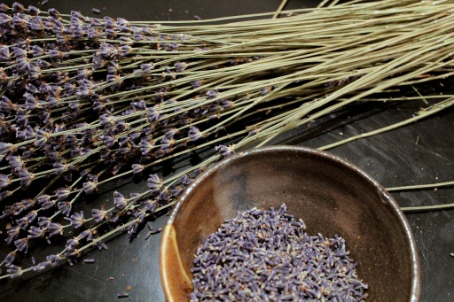 DIY Lavender Spray - Cover the pot while it is simmering.  This is the same recipe as the one from the book The Curly Girl.