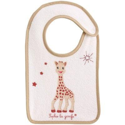 Ce bavoir Sophie la girafe de Babycalin protège efficacement les vêtements du bébé.