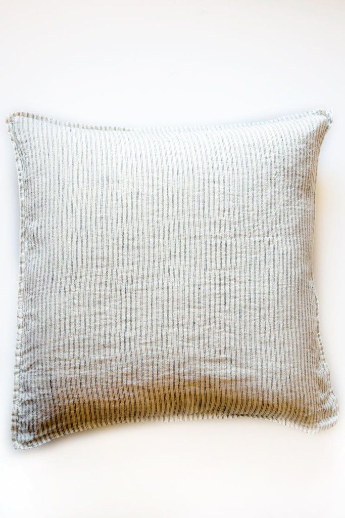 linge particulier black and white pillow – Lost & Found