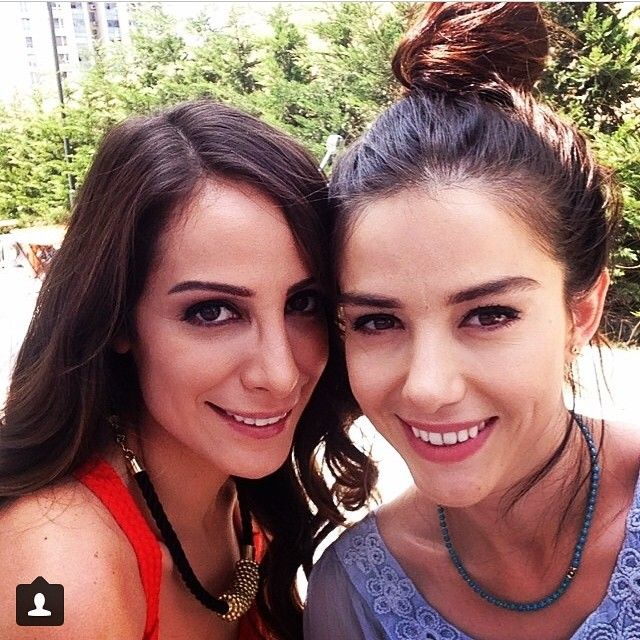 Özge Gürel @egzocan Instagram photos | Websta
