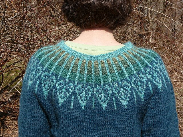 aspen yoke back by Meg Swanson.  yarnbee, via Flickr check www.schoolhousepress.com for the pattern
