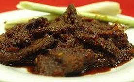 Dendeng daging dimasak cara minang.  #Malaysianfoods