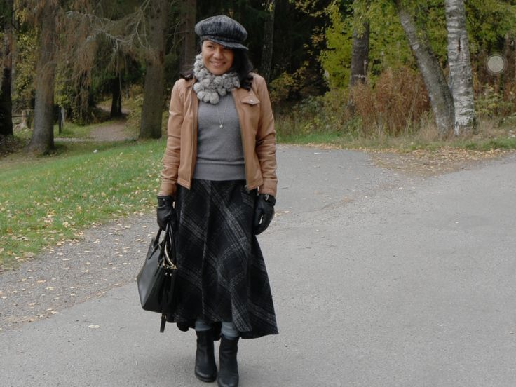 Autumn wear-earthy colors that create exotic but mysterious look.