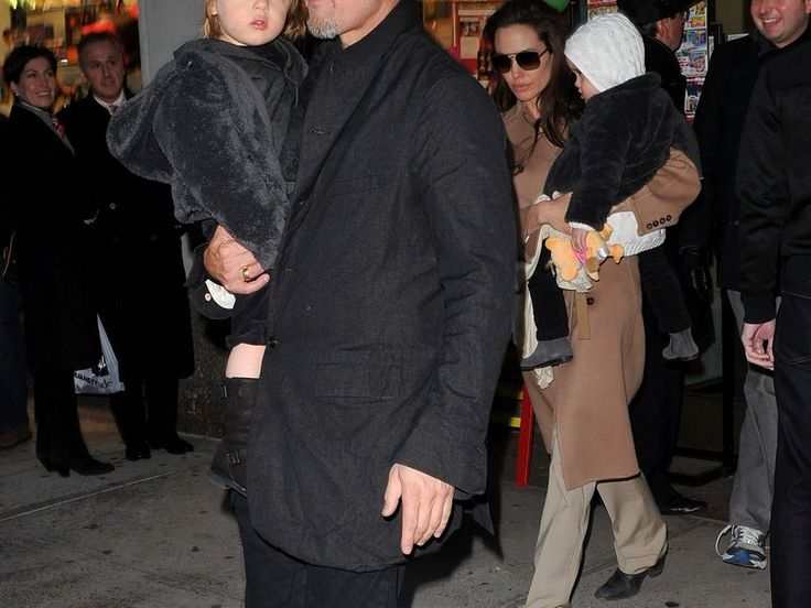 Knox and Vivienne Jolie-Pitt, 2010