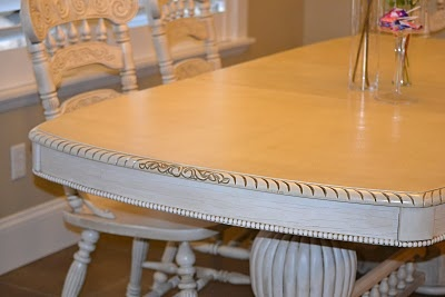 JenNY & AShlEY's ReDOs: Kitchen Table & Chairs