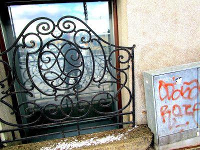 Portfolio Multimedeia 2: Street art in matching colors