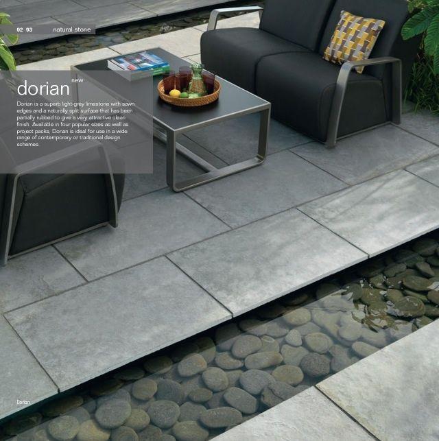 Mijn ideale tuin: moderne tegels. In combinatie met de loungemeubels van Le Sud geeft dit een huiselijk effect, maar dan buiten.