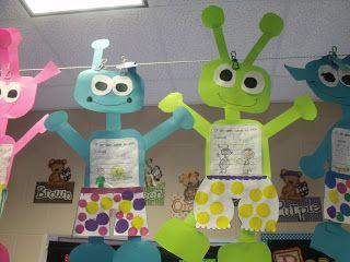 Mrs Jump's class: Aliens Love Underpants!