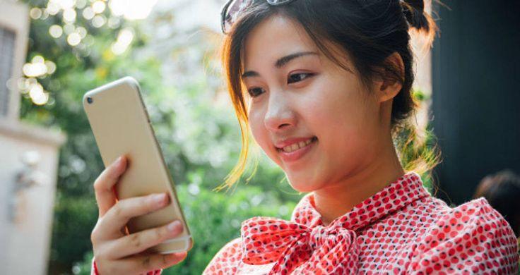 China es una nación en donde el uso del internet está restringido y por ende es imposible acceder a redes sociales tan populares como Facebook. Sin embargo, esto no es un problema para la ciudadaní…