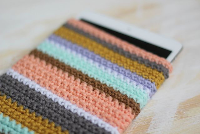 crochet sleeve for ipad mini by rebecca caridad by rebeccacaridad, via Flickr